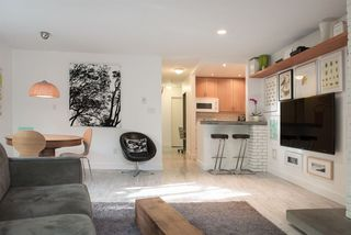 Photo 8: 110 555 W 14TH AVENUE in Vancouver: Fairview VW Condo for sale (Vancouver West)  : MLS®# R2059901