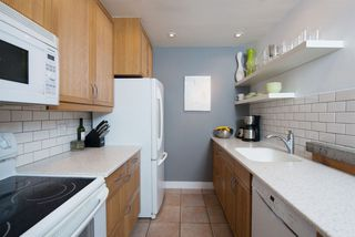 Photo 15: 110 555 W 14TH AVENUE in Vancouver: Fairview VW Condo for sale (Vancouver West)  : MLS®# R2059901