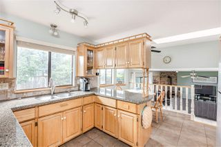 Photo 5: 1308 HONEYSUCKLE Lane in Coquitlam: Summitt View House for sale : MLS®# R2387835