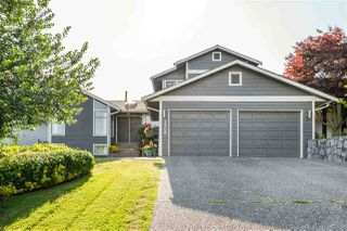 Main Photo: 1308 HONEYSUCKLE Lane in Coquitlam: Summitt View House for sale : MLS®# R2387835