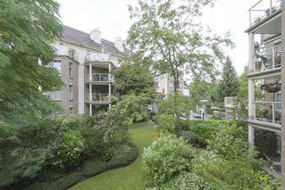 "Photo 17: 216 15350 19A Avenue in Surrey: King George Corridor Condo for sale in ""Stratford Gardens"" (South Surrey White Rock)  : MLS®# R2388918"