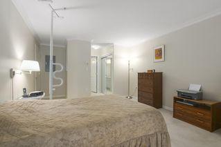 "Photo 13: 216 15350 19A Avenue in Surrey: King George Corridor Condo for sale in ""Stratford Gardens"" (South Surrey White Rock)  : MLS®# R2388918"