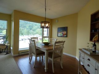 "Photo 6: 221 378 ESPLANADE Avenue: Harrison Hot Springs Condo for sale in ""LAGUNA BEACH"" : MLS®# R2434712"