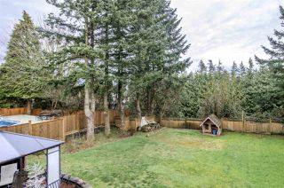 Photo 18: 2574 SUNNYSIDE Crescent in Abbotsford: Abbotsford West House for sale : MLS®# R2440797