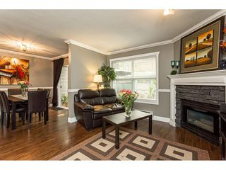"""Photo 8: 7 36060 OLD YALE Road in Abbotsford: Abbotsford East Townhouse for sale in """"Mountain view village"""" : MLS®# R2497723"""