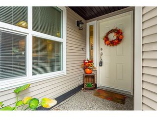 """Photo 4: 7 36060 OLD YALE Road in Abbotsford: Abbotsford East Townhouse for sale in """"Mountain view village"""" : MLS®# R2497723"""