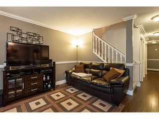 """Photo 10: 7 36060 OLD YALE Road in Abbotsford: Abbotsford East Townhouse for sale in """"Mountain view village"""" : MLS®# R2497723"""