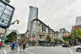"""Main Photo: 514 555 ABBOTT Street in Vancouver: Downtown VW Condo for sale in """"PARIS PLACE"""" (Vancouver West)  : MLS®# R2527854"""