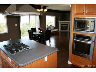 Photo 7: 507 Outlook Place in VICTORIA: Co Triangle Single Family Detached for sale (Colwood)  : MLS®# 309462