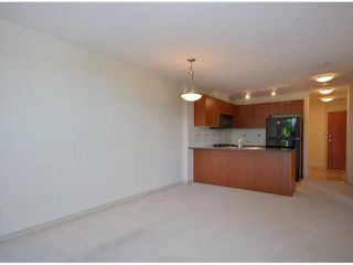 Photo 5: 412 5933 COONEY Road in Richmond: Brighouse Condo for sale : MLS®# V952713