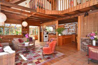 Photo 2: 3094 GRAUMAN Road: Roberts Creek House for sale (Sunshine Coast)  : MLS®# V971190