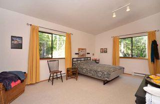 Photo 8: 3094 GRAUMAN Road: Roberts Creek House for sale (Sunshine Coast)  : MLS®# V971190