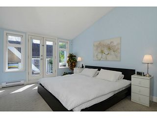 """Photo 6: 692 W 13TH Avenue in Vancouver: Fairview VW Townhouse for sale in """"FAIRVIEW"""" (Vancouver West)  : MLS®# V1005394"""