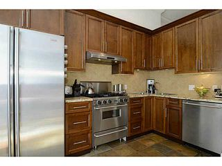 """Photo 4: 692 W 13TH Avenue in Vancouver: Fairview VW Townhouse for sale in """"FAIRVIEW"""" (Vancouver West)  : MLS®# V1005394"""
