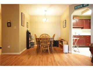 """Photo 3: 222 6707 SOUTHPOINT Drive in Burnaby: South Slope Condo for sale in """"MISSION WOODS"""" (Burnaby South)  : MLS®# V1082620"""