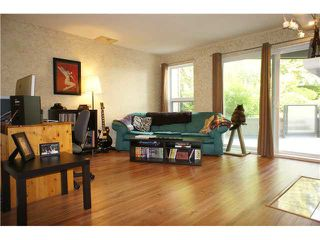 """Photo 1: 222 6707 SOUTHPOINT Drive in Burnaby: South Slope Condo for sale in """"MISSION WOODS"""" (Burnaby South)  : MLS®# V1082620"""