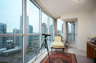 Photo 4: #2302-388 Drake St. in Vancouver: Yaletown Condo for sale (Vancouver West)  : MLS®# V1042187