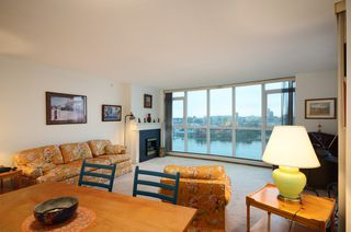 Photo 3: #2302-388 Drake St. in Vancouver: Yaletown Condo for sale (Vancouver West)  : MLS®# V1042187