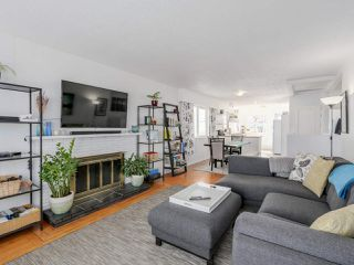 Photo 2: 2542 E 28TH AVENUE in Vancouver: Collingwood VE House for sale (Vancouver East)  : MLS®# R2052154