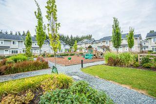 Photo 3: 4-12161 237 Street in Maple Ridge: Townhouse for sale : MLS®# R2097665