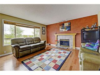Photo 5: 101 Bridlecreek Park SW in Calgary: Bridlewood House for sale : MLS®# C4063316
