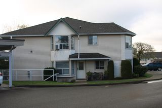 Photo 3: 31 3380 Gladwin Road in Abbotsford: Townhouse for sale : MLS®# R2359103