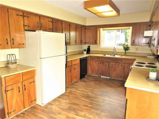 Photo 5: 6482 WILTSHIRE Street in Sardis: Sardis West Vedder Rd House for sale : MLS®# R2389613
