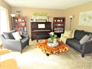 Photo 2: 6482 WILTSHIRE Street in Sardis: Sardis West Vedder Rd House for sale : MLS®# R2389613