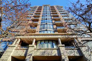 "Main Photo: 605 170 W 1ST Street in North Vancouver: Lower Lonsdale Condo for sale in ""One Park Lane"" : MLS®# R2390508"