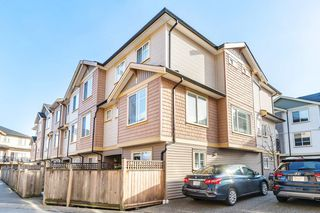 "Photo 1: 34 8633 159 Street in Surrey: Fleetwood Tynehead Townhouse for sale in ""Fleetwood Rose Garden"" : MLS®# R2395235"
