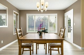 Photo 5: 1144 116 Street in Edmonton: Zone 16 House for sale : MLS®# E4172451