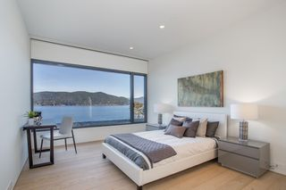 """Photo 14: 7270 ARBUTUS Road in West Vancouver: Whytecliff House for sale in """"Whytecliff Park"""" : MLS®# R2414946"""