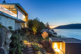 """Photo 16: 7270 ARBUTUS Road in West Vancouver: Whytecliff House for sale in """"Whytecliff Park"""" : MLS®# R2414946"""