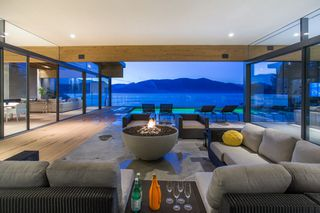 """Photo 6: 7270 ARBUTUS Road in West Vancouver: Whytecliff House for sale in """"Whytecliff Park"""" : MLS®# R2414946"""