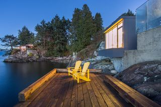 """Photo 17: 7270 ARBUTUS Road in West Vancouver: Whytecliff House for sale in """"Whytecliff Park"""" : MLS®# R2414946"""