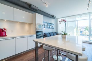 "Photo 11: 521 108 E 1ST Avenue in Vancouver: Mount Pleasant VE Condo for sale in ""Meccanica"" (Vancouver East)  : MLS®# R2416308"