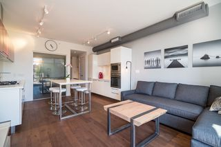 "Photo 3: 521 108 E 1ST Avenue in Vancouver: Mount Pleasant VE Condo for sale in ""Meccanica"" (Vancouver East)  : MLS®# R2416308"