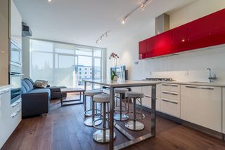 "Photo 9: 521 108 E 1ST Avenue in Vancouver: Mount Pleasant VE Condo for sale in ""Meccanica"" (Vancouver East)  : MLS®# R2416308"