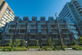 "Photo 18: 521 108 E 1ST Avenue in Vancouver: Mount Pleasant VE Condo for sale in ""Meccanica"" (Vancouver East)  : MLS®# R2416308"