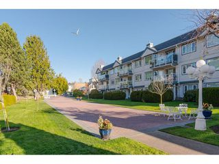 "Photo 20: 312 13965 16 Avenue in Surrey: Sunnyside Park Surrey Condo for sale in ""WR BAPTIST (WINDSOR) VILLAGE"" (South Surrey White Rock)  : MLS®# R2421200"