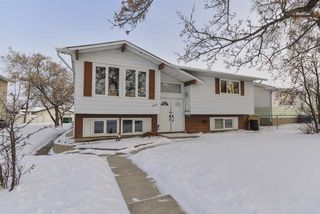 Photo 1: 4526 46A Avenue: Leduc House for sale : MLS®# E4184536