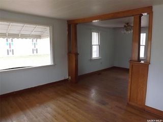 Photo 3: 105 Poole Street in Torquay: Residential for sale : MLS®# SK801236