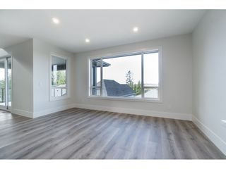 "Photo 10: 40 4295 OLD CLAYBURN Road in Abbotsford: Abbotsford East House for sale in ""Sunspring Estates"" : MLS®# R2448385"