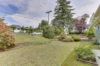 Photo 5: 2122 EDGEWOOD Avenue in Coquitlam: Central Coquitlam House for sale : MLS®# R2462677