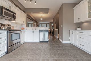 """Photo 13: 2 19932 70 Avenue in Langley: Willoughby Heights Townhouse for sale in """"Summerwood"""" : MLS®# R2468707"""