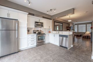 """Photo 9: 2 19932 70 Avenue in Langley: Willoughby Heights Townhouse for sale in """"Summerwood"""" : MLS®# R2468707"""