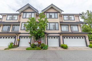 """Photo 1: 2 19932 70 Avenue in Langley: Willoughby Heights Townhouse for sale in """"Summerwood"""" : MLS®# R2468707"""