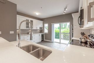 """Photo 12: 2 19932 70 Avenue in Langley: Willoughby Heights Townhouse for sale in """"Summerwood"""" : MLS®# R2468707"""