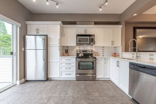 """Photo 8: 2 19932 70 Avenue in Langley: Willoughby Heights Townhouse for sale in """"Summerwood"""" : MLS®# R2468707"""