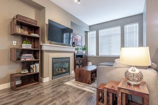 """Photo 4: 2 19932 70 Avenue in Langley: Willoughby Heights Townhouse for sale in """"Summerwood"""" : MLS®# R2468707"""
